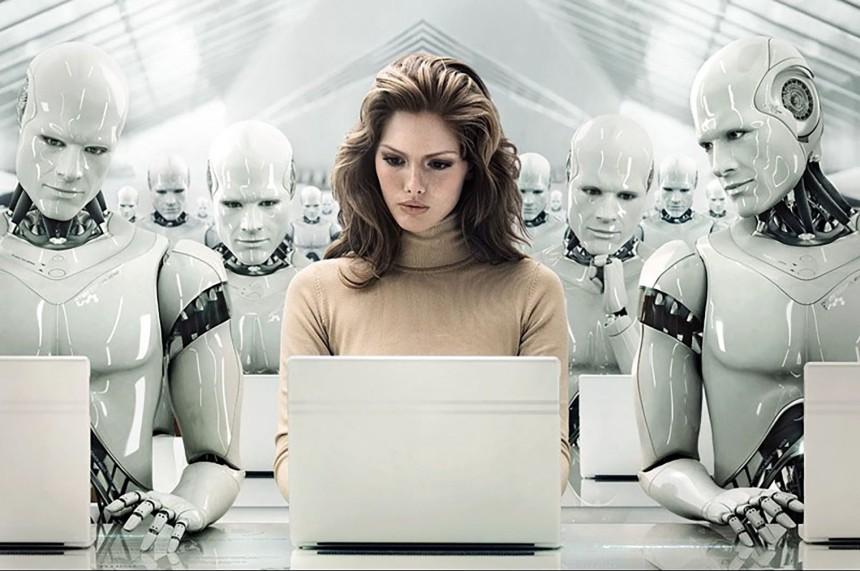 Sieviete un Roboti